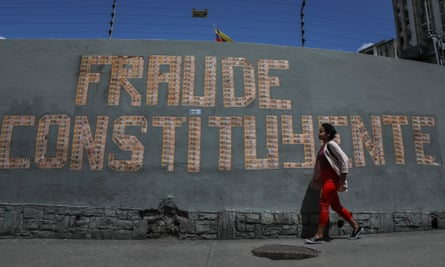 A sign made out of banknotes reads 'fraud constituent' in Caracas, Venezuela.