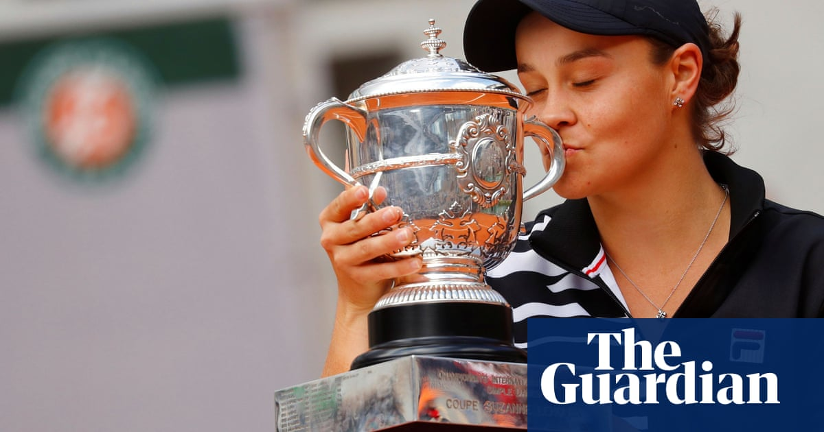 Nadal and Barty at odds with Naomi Osaka over media stance