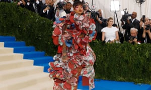 Rihanna was one of the few guests to arrive at the gala wearing Commes Des Garçons.