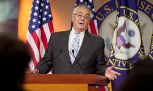 Criticisms of the Sanders campaign by former congressman Barney Frank have exposed a 'personal hostility toward the senator', his campaign alleges.