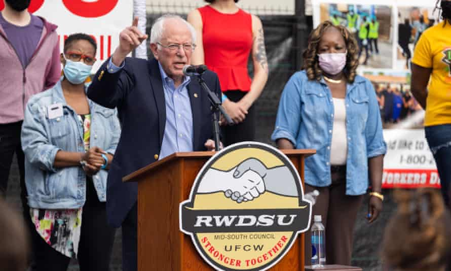 Bernie Sanders speaks at a rally in support of unionization at an Alabama Amazon facility on 26 March.