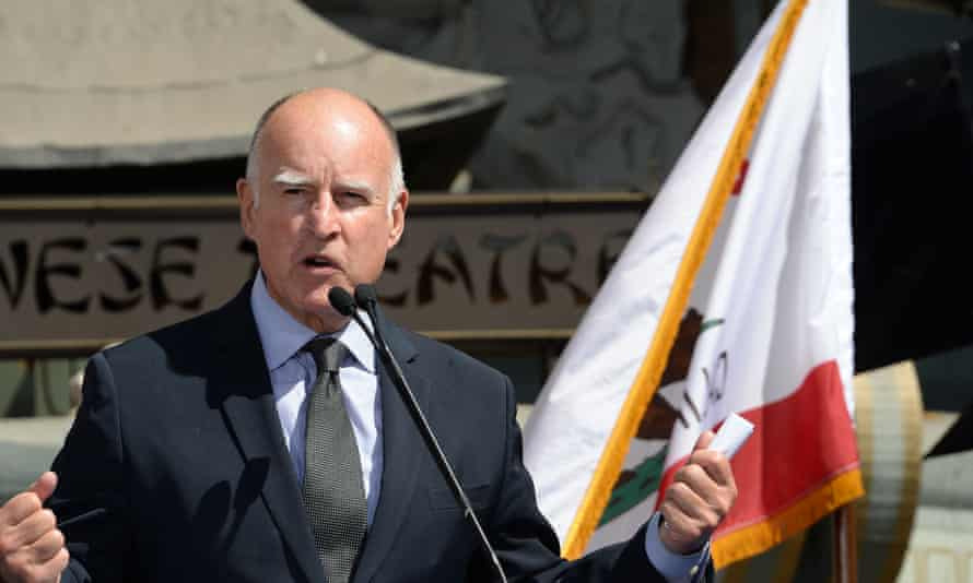 Brown announced on Saturday that he had signed AB1461, a bill which aims to boost California's voter rolls.
