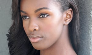 Leomie Anderson models and runs LAPP.