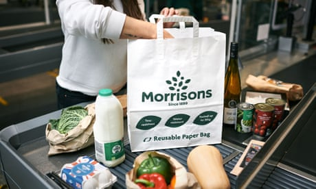 Morrisons supermarket chain takes on thousands of new staff