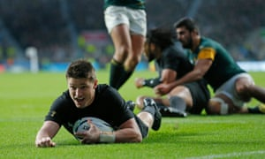 Beauden Barrett scores the second All Black try