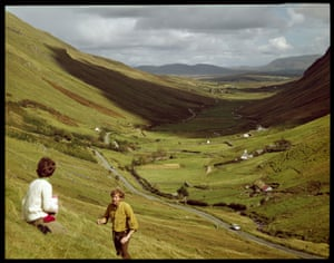 John Hinde Studio went on to become one of the world's most successful postcard publishing companies. Here: Glengesh Pass, near Ardara, Co Donegal, by D Noble