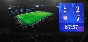 The scoreboard shows Tottenham losing 7-2 to Bayern Munich.