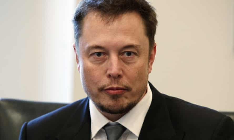 Elon Musk has apologised for insulting a cave diver who played a key role in the cave rescue in Thailand.