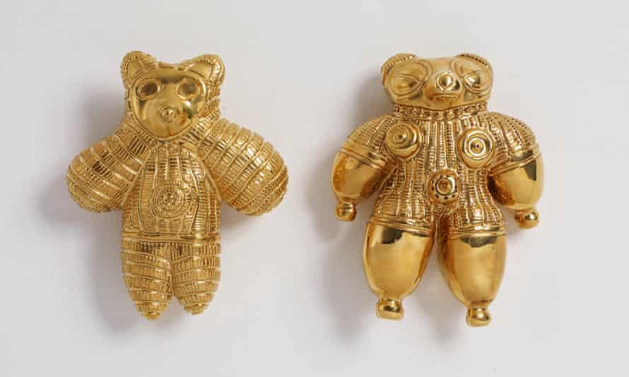 Grayson Perry's Prehistoric Gold Pubic Alan Dogu (2007).