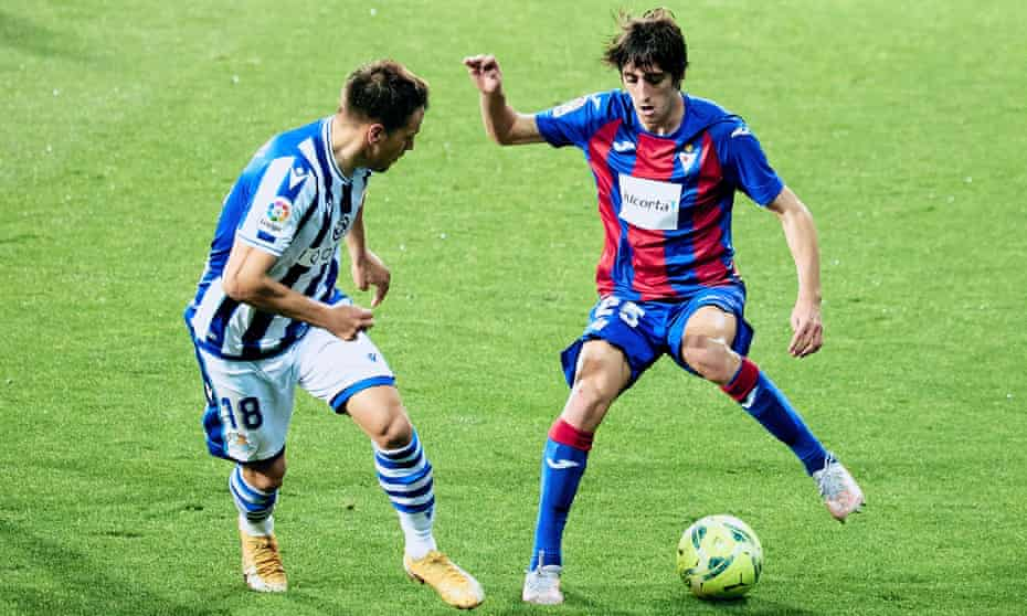 Bryan Gil tries to trick his way past Andoni Gorosabel of Real Sociedad in April during his loan with Eibar.