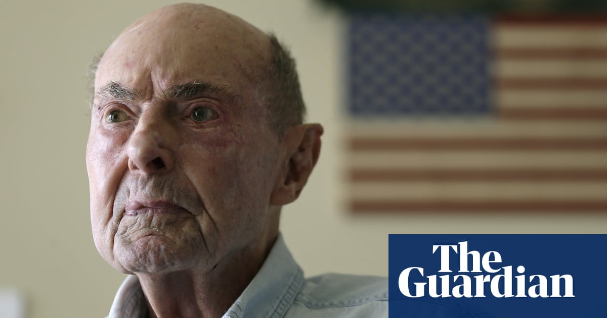 Ray Lambert, US army medic wounded on D-Day, dies aged 100