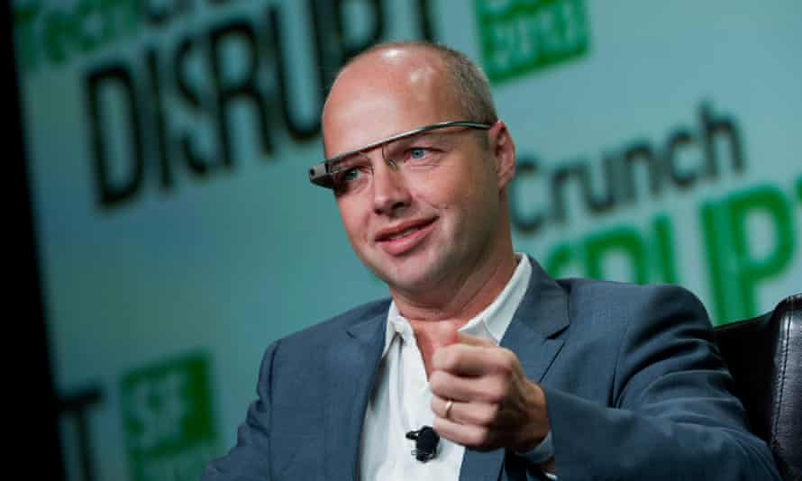 sebastian thrun wearing google glass as he speaks at the tech crunch conference in san francisco in 2013