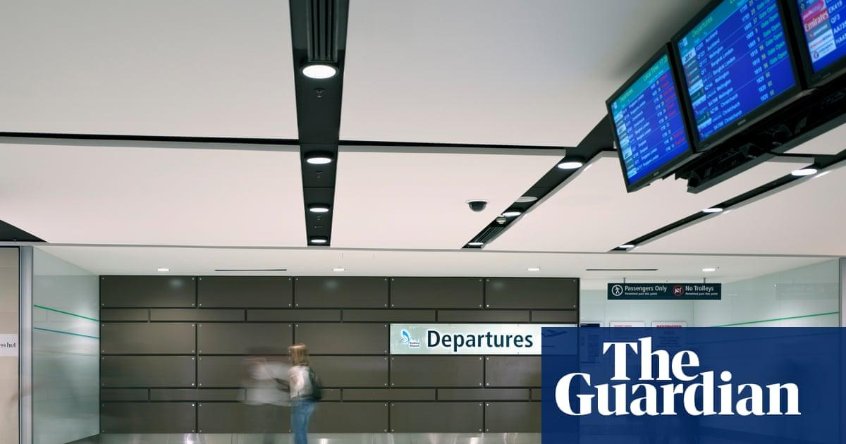 'Absolutely devastating': how Australia's deportation of New Zealanders is tearing families apart