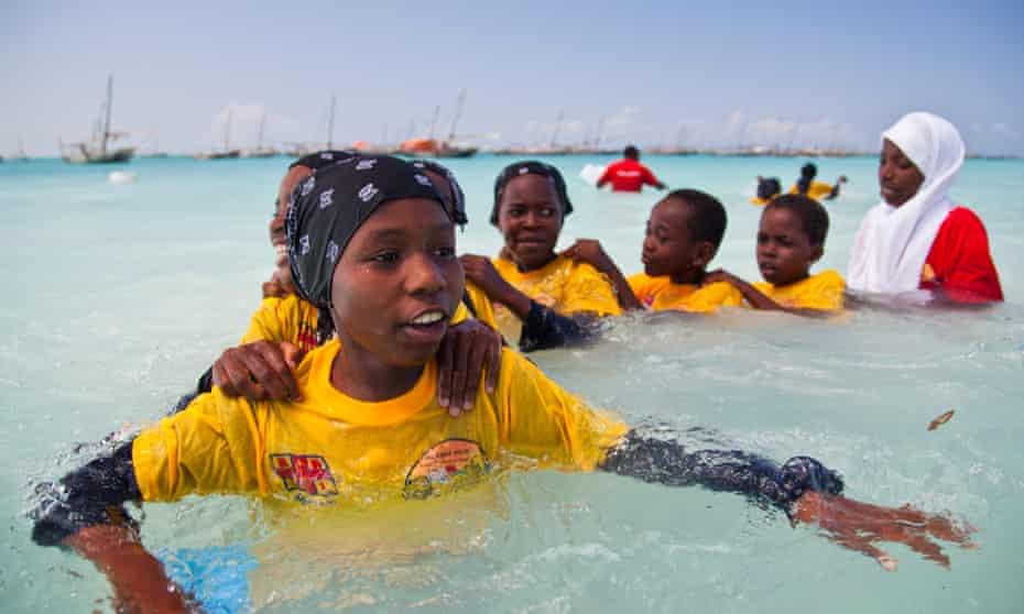 International Aquatic Survival programme, Zanzibar, Africa. UK Lifeguard training local swim teachers.