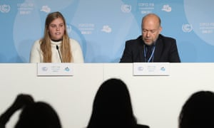 Veteran climate scientist James Hansen and his granddaughter, Sophie Kivlehan, who is among 21 young plaintiffs bringing a lawsuitagainst the US federal government over its CO2 emissions.