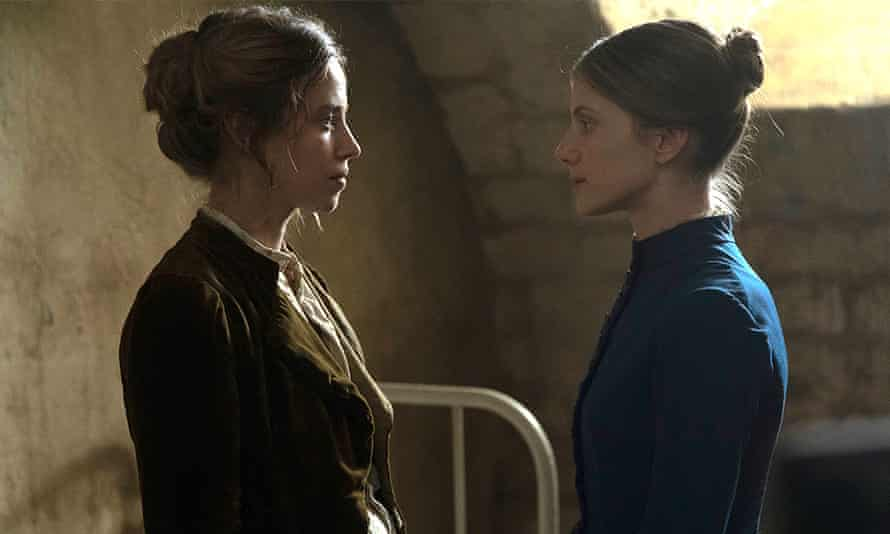 Lou de Laâge and director Mélanie Laurent in her gothic thriller The Mad Women's Ball.