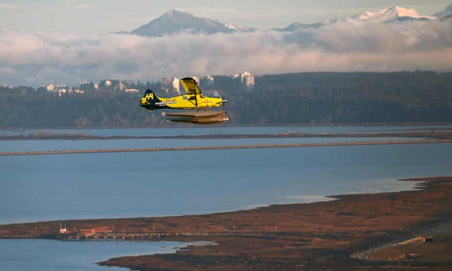 What was billed as the world's first commercial electric airplane – a 62-year-old, six-passenger DHC-2 de Havilland Beaver seaplane retrofitted with a 750hp electric magni500 propulsion system – flies in Vancouver, Canada, in 2019.