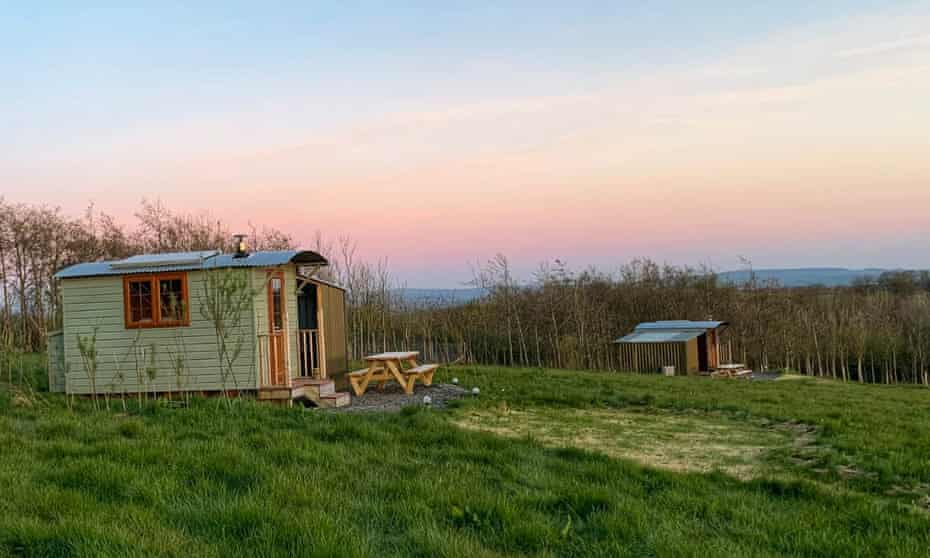 Shepherd's huts with views of the Tamar and Bodmin Moor