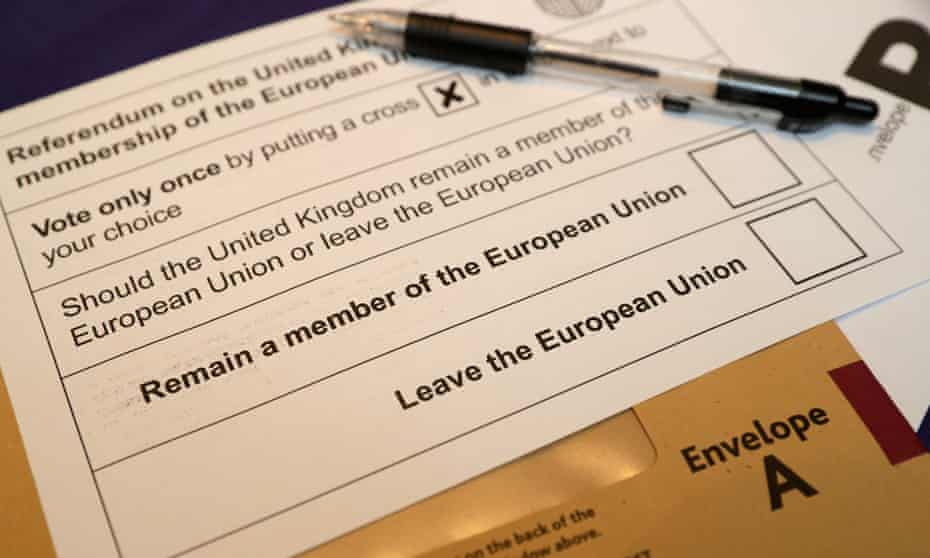 'Between the referendum and the end of two weekends spent deliberating on Brexit, a group exemplifying the referendum's 52:48 Brexit vote had swung to 40:60 against.'