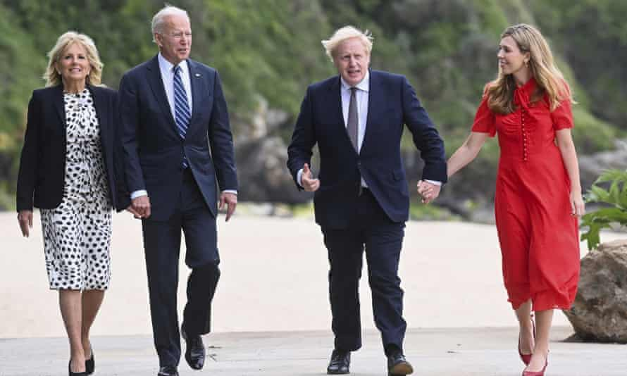 Jill and Joe Biden and Boris and Carrie Johnson walk together in Cornwall
