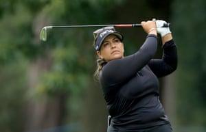 Lizette Salas leads at -13.