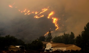 Wildfire in the Cleveland National Forest near homes in Lake Elsinore, California