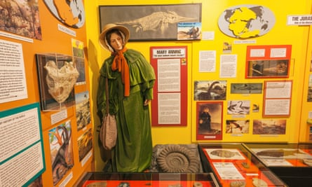 A model of Mary Anning at the Dinosaur Museum in Dorset