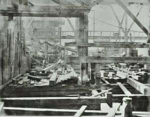 Construction workers for Blackfriars Bridge