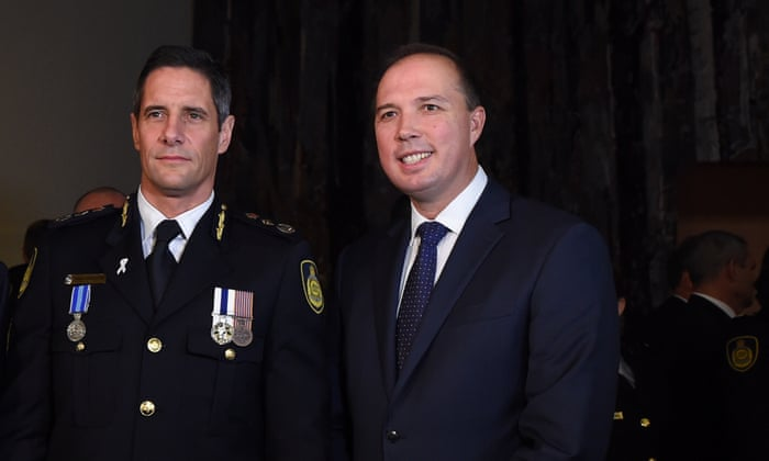 Labor releases legal advice saying Dutton ineligible as