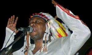 Papa Wemba … Performing in Kinshasa in 2004.