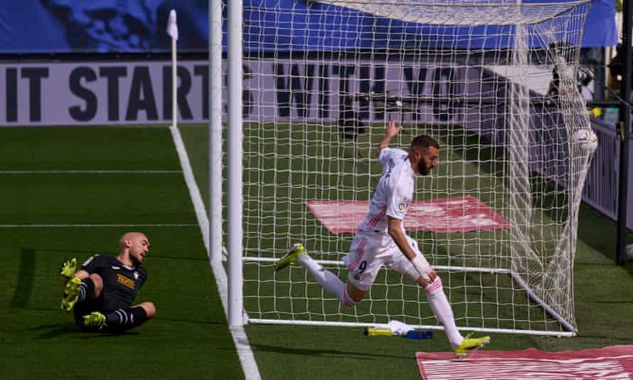 Karim Benzema scores against Eibar on Saturday
