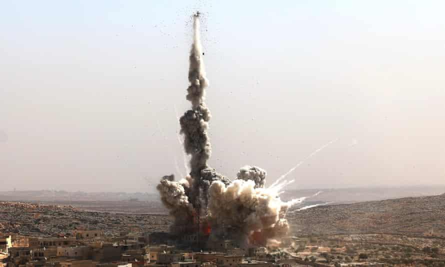 Russian aircraft bomb Aleppo