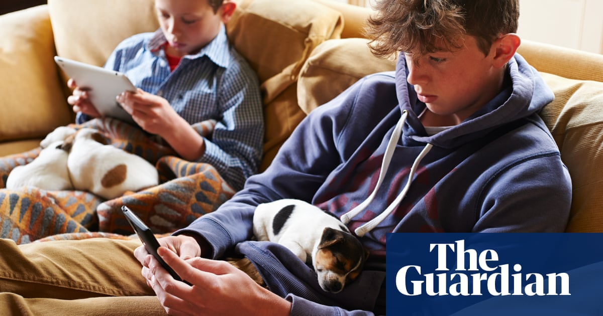 How can I control my child's social media use? | Technology