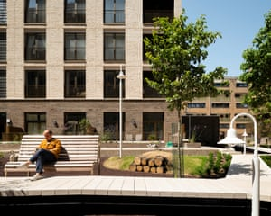 Landscaped courtyard garden at the King's Crescent estate.