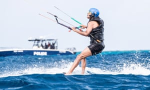 But Obama went more than 100 metres on his kiteboard …