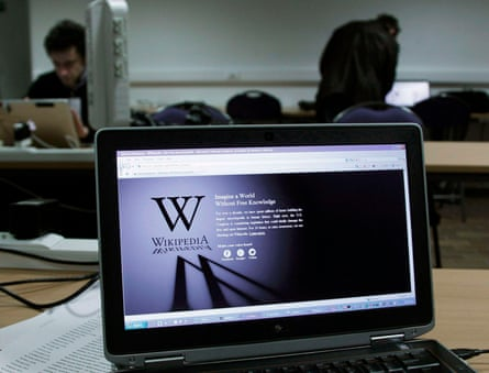 A reporter's laptop shows the Wikipedia blacked out opening page in Brussels January 18, 2012. The blackout scheduled for Wednesday to protest against proposed legislation on online piracy has failed to get the support of the biggest Internet players. Despite calls for the participation of sites such as Facebook, Twitter and other big names, the biggest participants are the online encyclopedia Wikipedia and the social-news website Reddit.