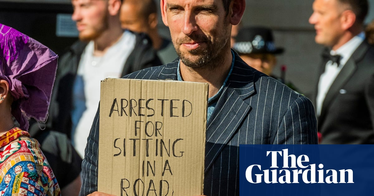 Extinction Rebellion protesters break bail terms for City protest