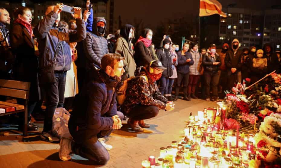 A vigil on Square of Change where Bondarenko was arrested