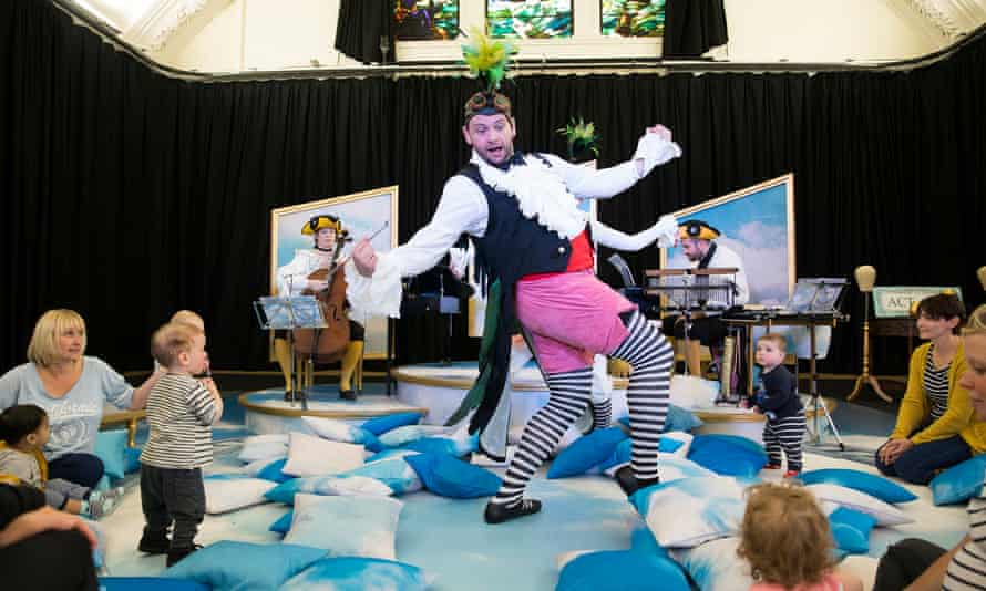 Timothy Connor as Pulcino in Scottish Opera's BambinO.