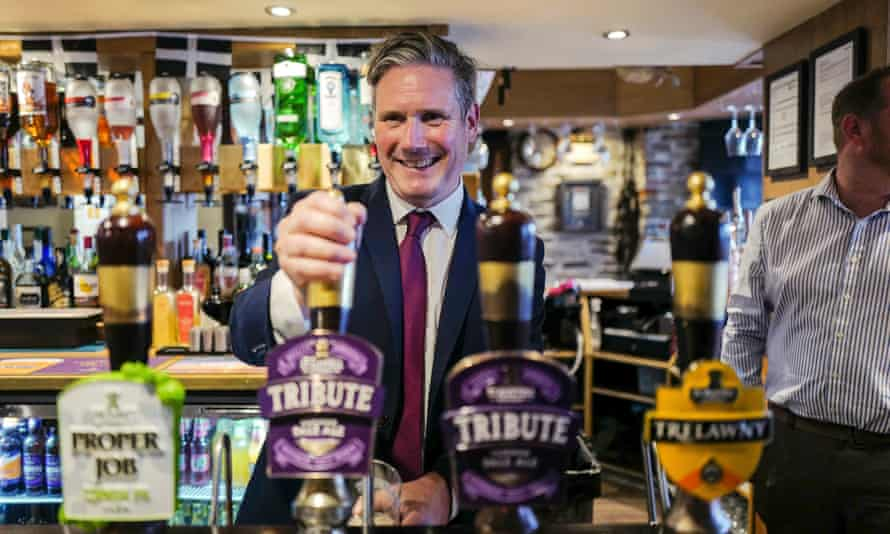 Keir Starmer visiting a pub in Falmouth, Cornwall, July 2020