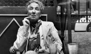 Robert Graves by Jean Moorcroft Wilson review – from war poet to