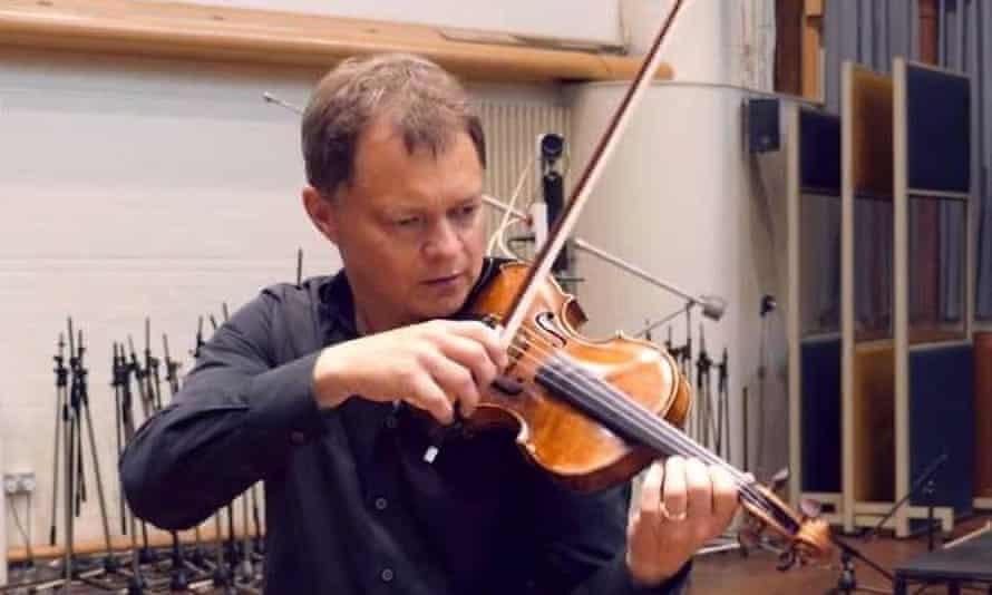 Stephen Morris violinist