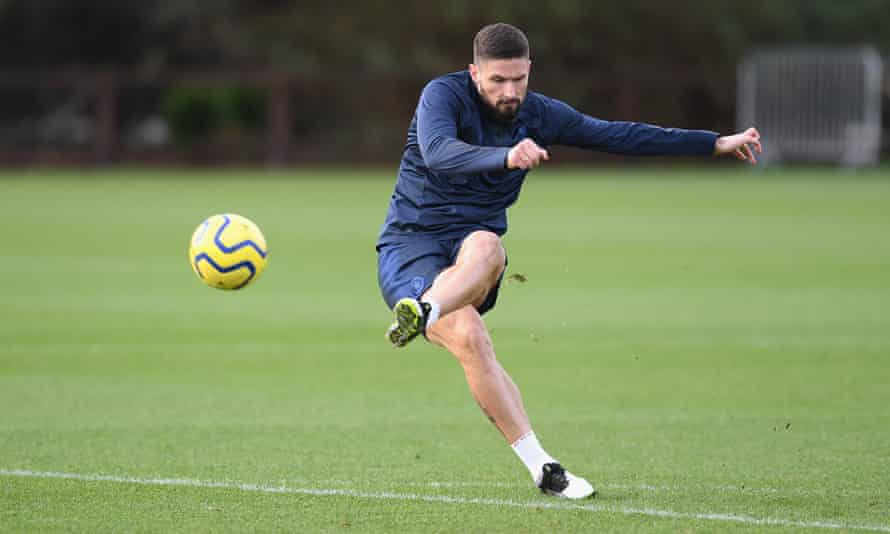 Olivier Giroud has not made a first team appearance for Chelsea since November.