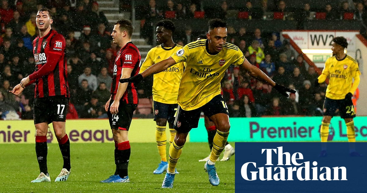 Pierre-Emerick Aubameyang salvages draw for Arsenal at Bournemouth