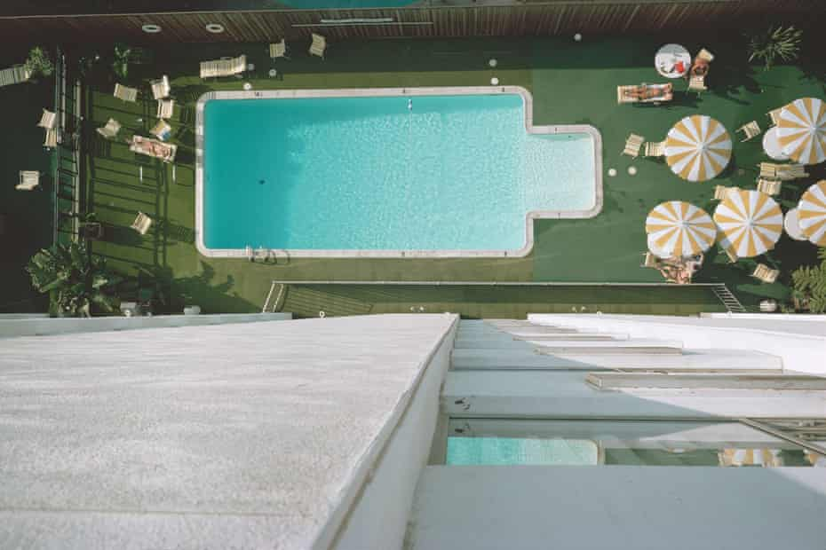 From Stephen Shore, Transparencies: Small Camera Works 1971-1979. Courtesy Stephen Shore and Mack