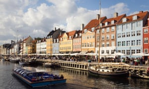 Nyhavn waterfront cafes and restaurants