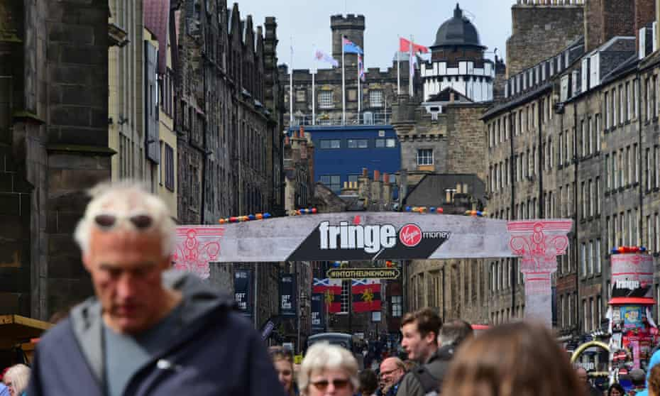 Crowds on the Royal Mile during the Edinburgh fringe