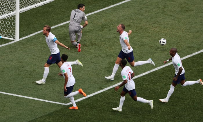 England inn i verdensmesterskuddet da Kane hat-trick leder 6-1 Panama-rute