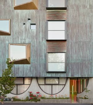 National award for residential architecture Multiple housing category: Whitlam Place, at Fitzroy, Victoria. By Freadman White in collaboration with Anon Studio.