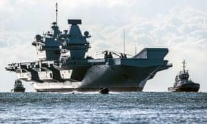 HMS Queen Elizabeth returns to Portsmouth from sea trials.
